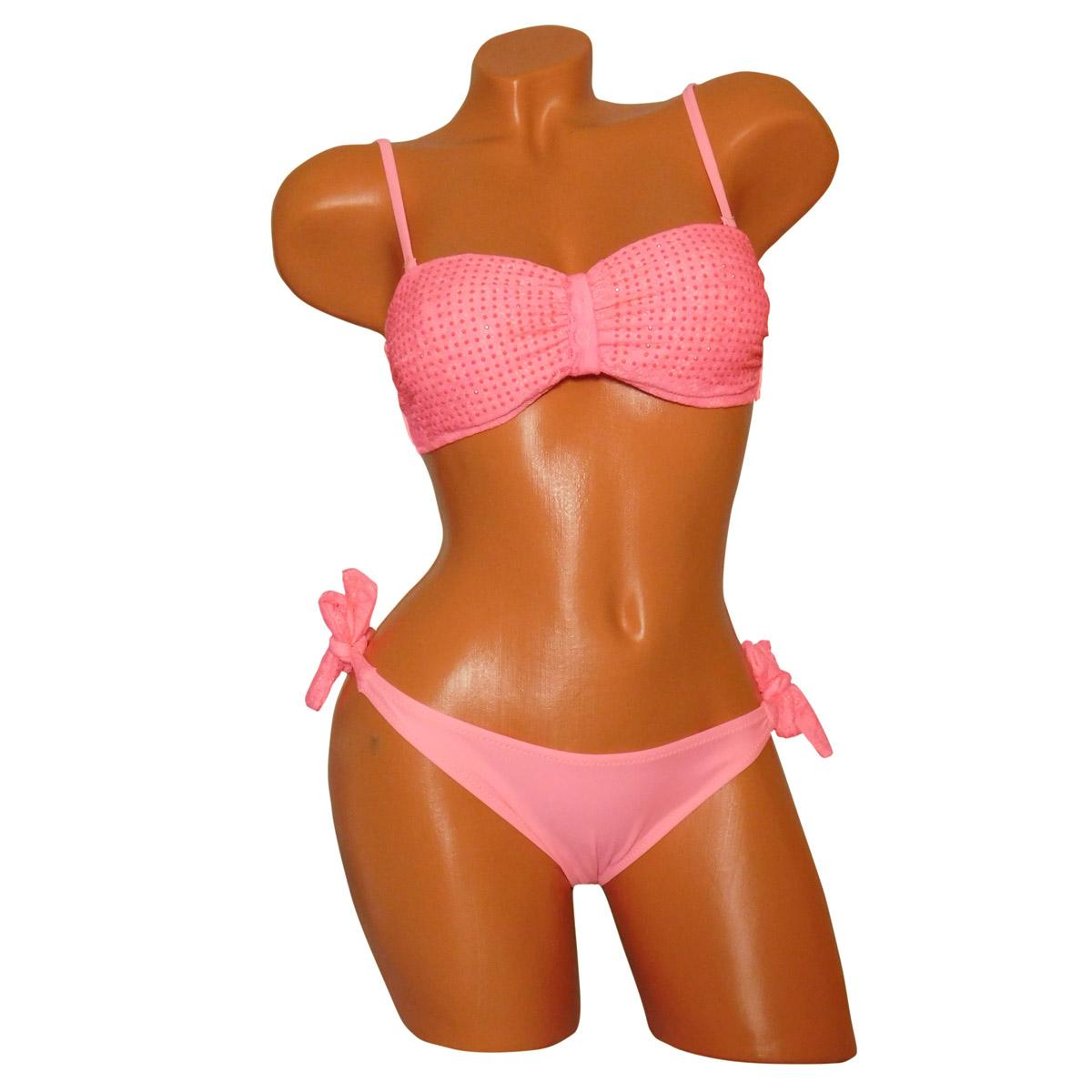 Bandeau bikini barack színben a felső csipkével és strasszal díszített