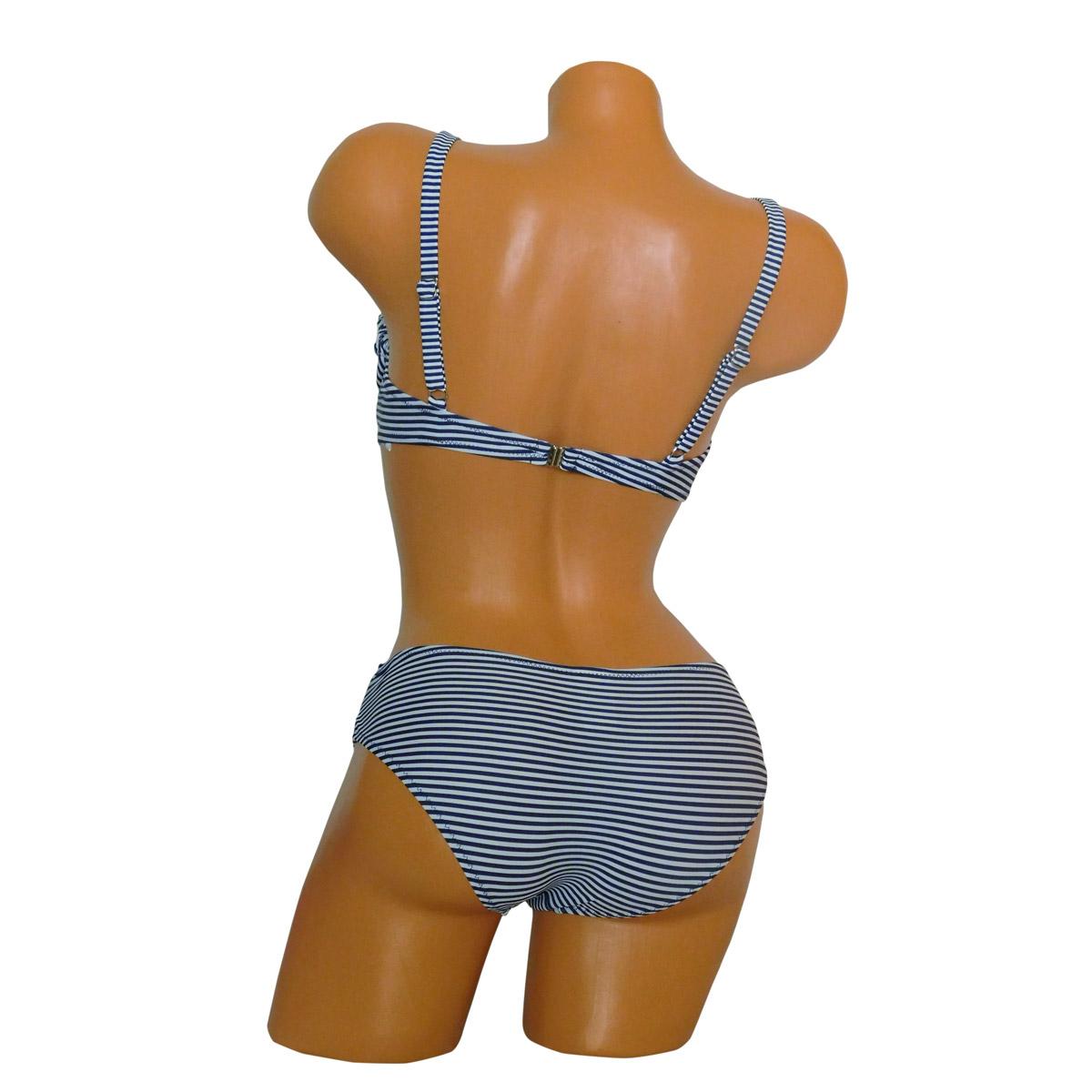 Trendi merevítős nagy kosaras bikini dísz övvel hátulról